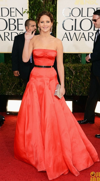 jennifer-lawrence-golden-globes-2013-red-carpet-christina-dior-haute-couture