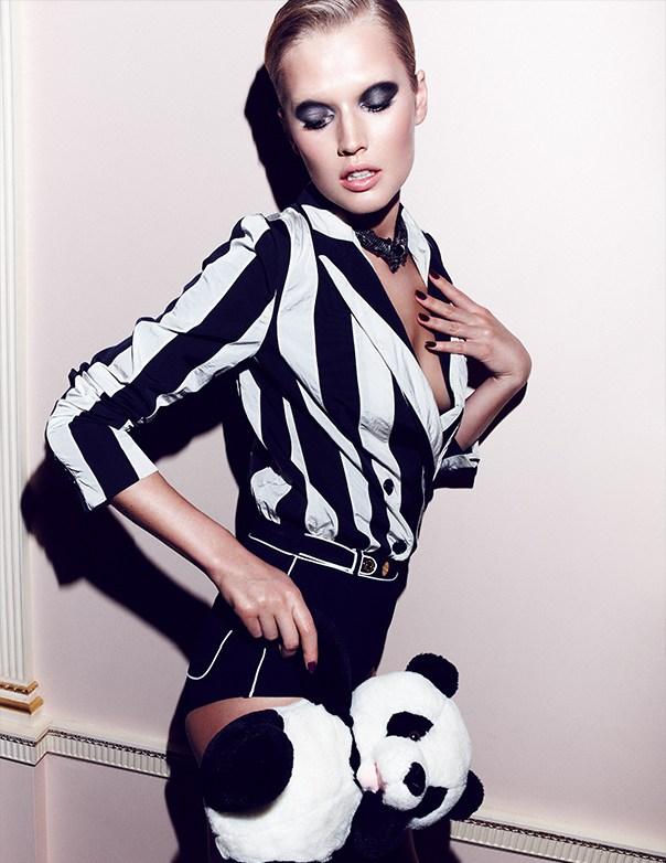 Toni-Garrn-Vogue-Mexico8