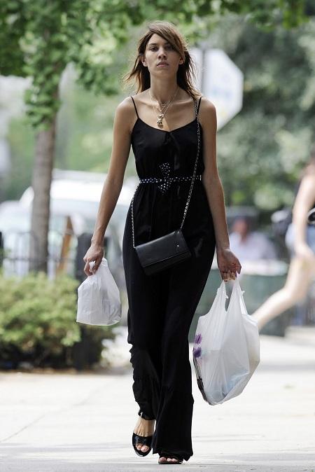 alexa-chung-long-dress