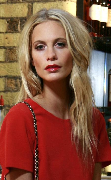 poppy_delevingne-Red-Dress