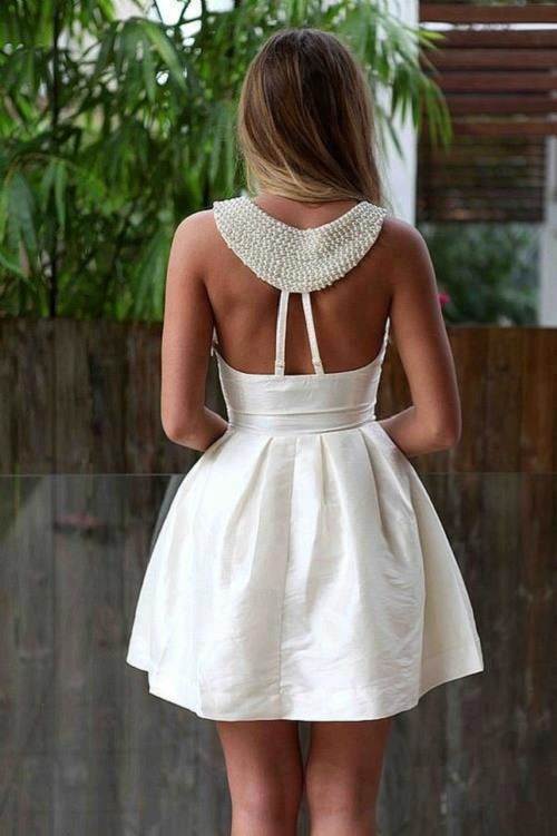 vestidos-con-la-espalda-al-aire 03