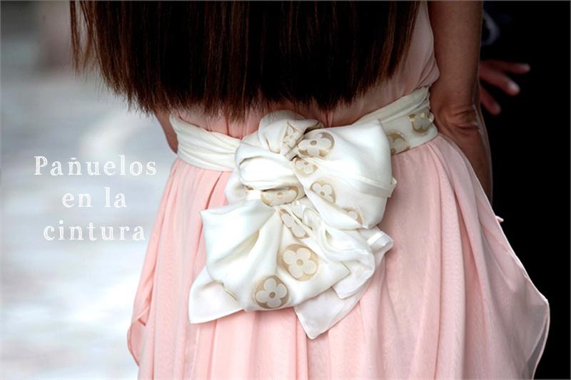llevar pañuelos como cinturones