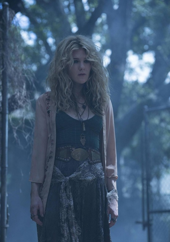 American-Horror-Story-Coven_06