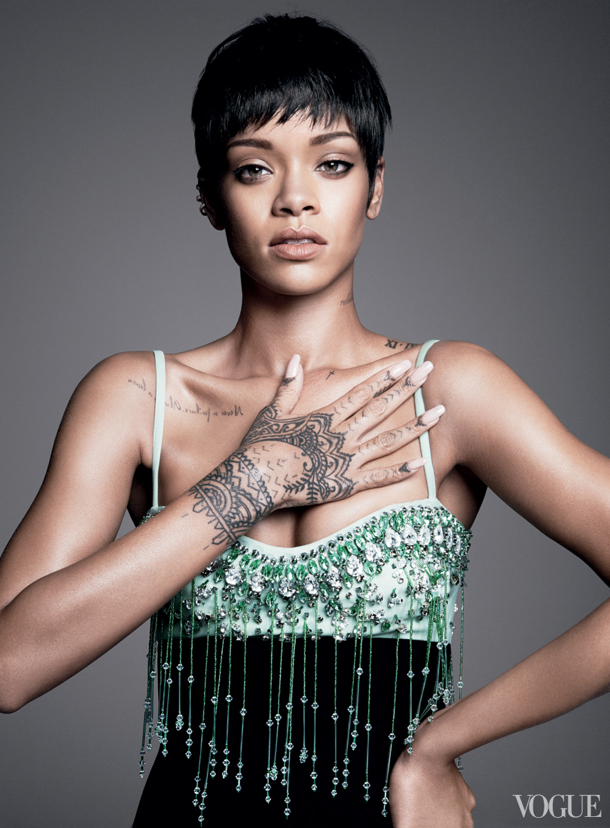 rihanna-vogue-cover-03