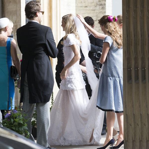 vestido-novia-poppy-delevingne