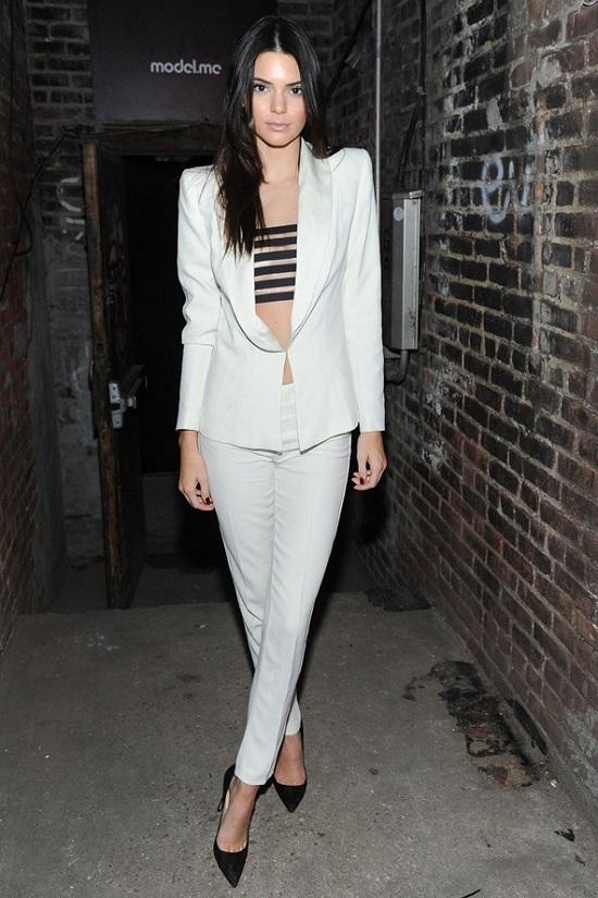 Kendall-Jenner-_