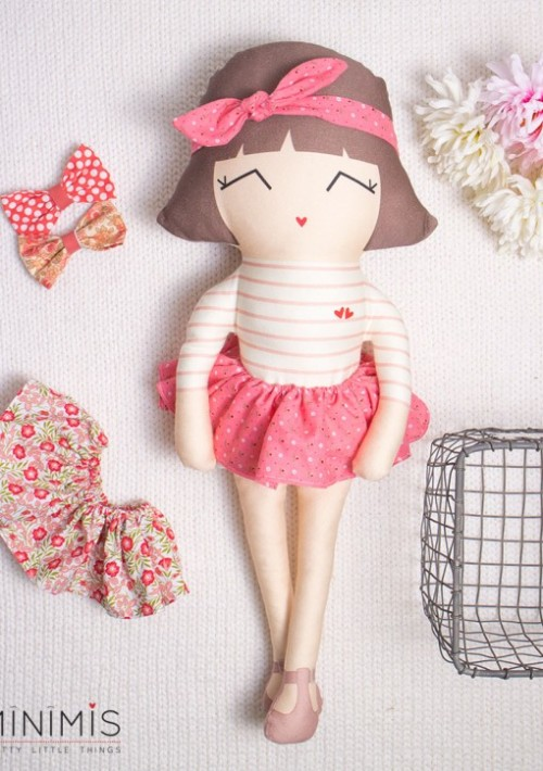 LOVELY-RETRO-MARTINA-minimis