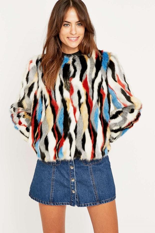 abrigo-de-pelo-sintético-urban-outfitters 04